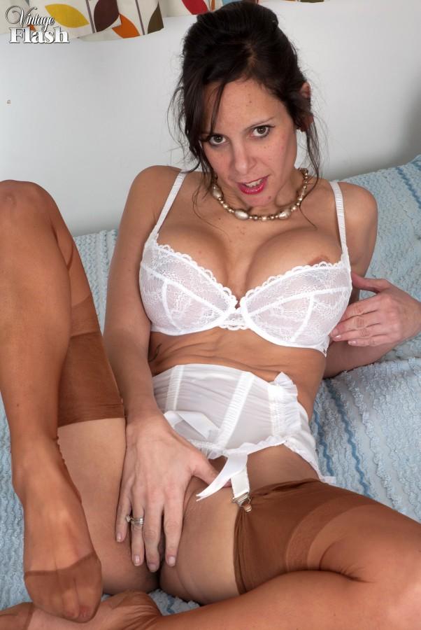 Amature female midgets nude videos