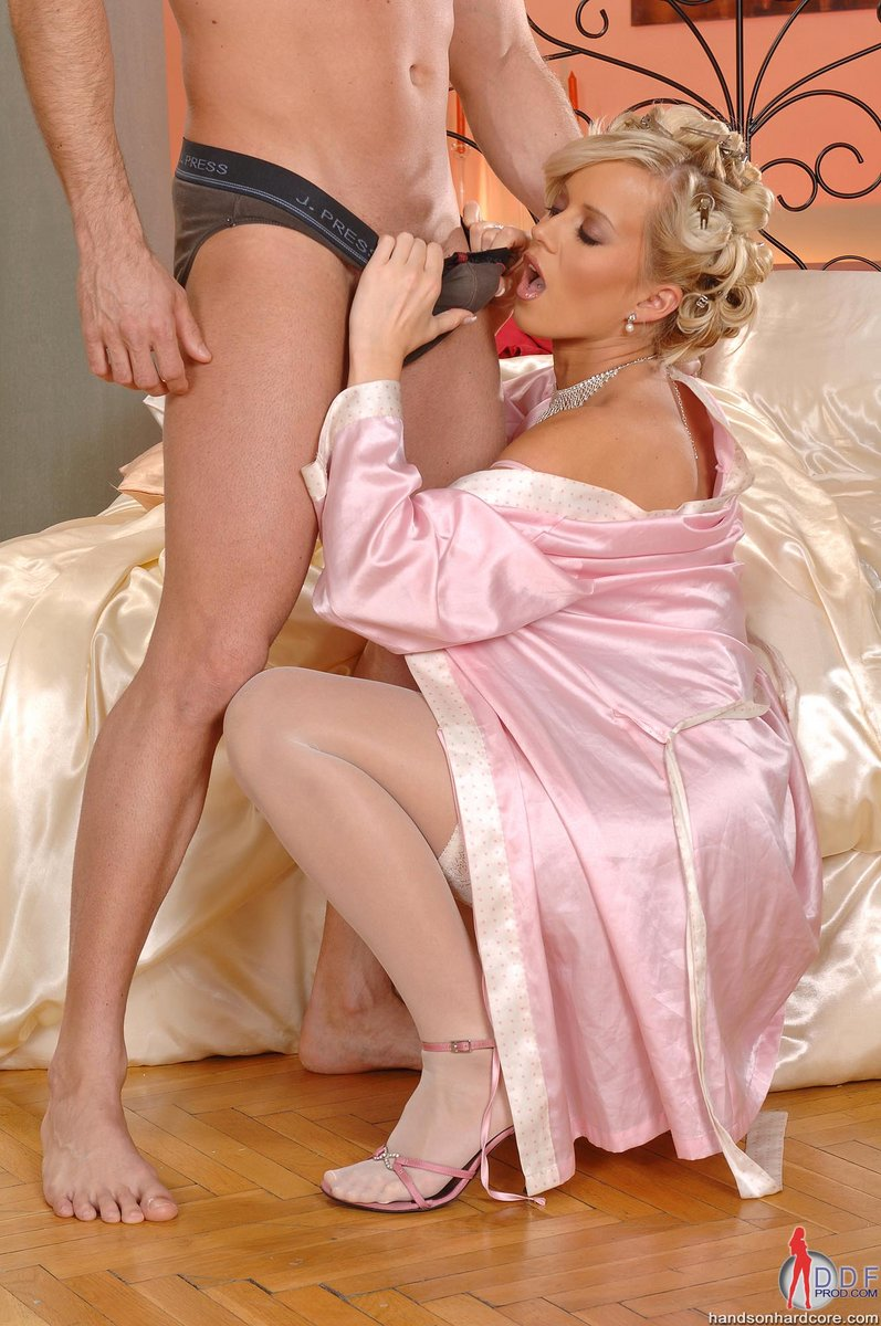 Natalli di angelo black stockings threesome