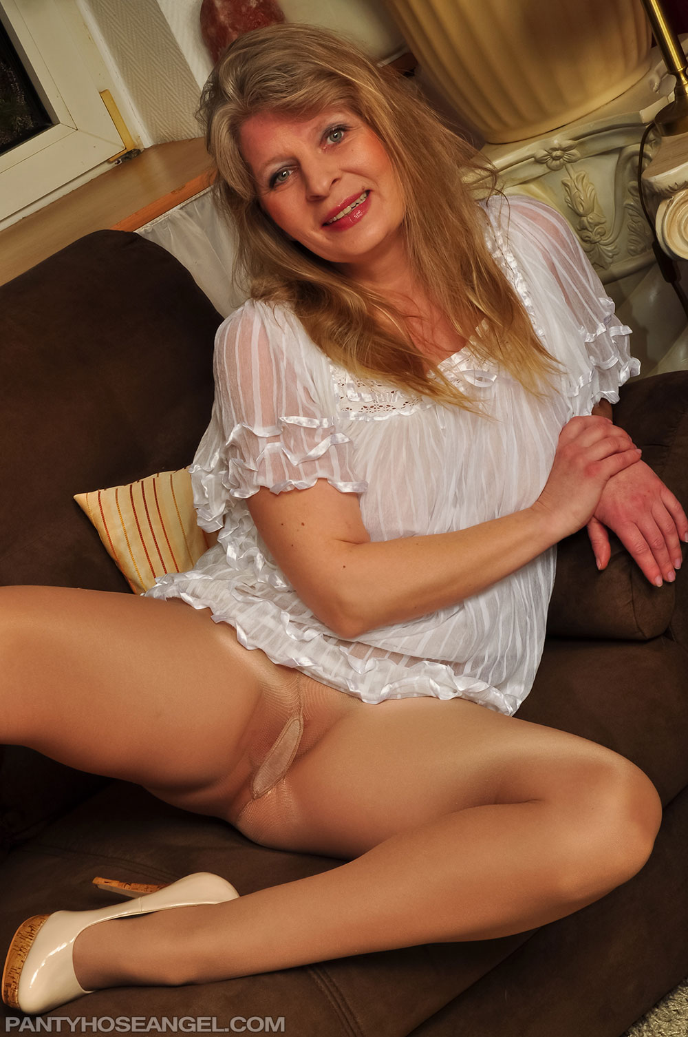 image Tease and cougar solo with a gorgeous mature