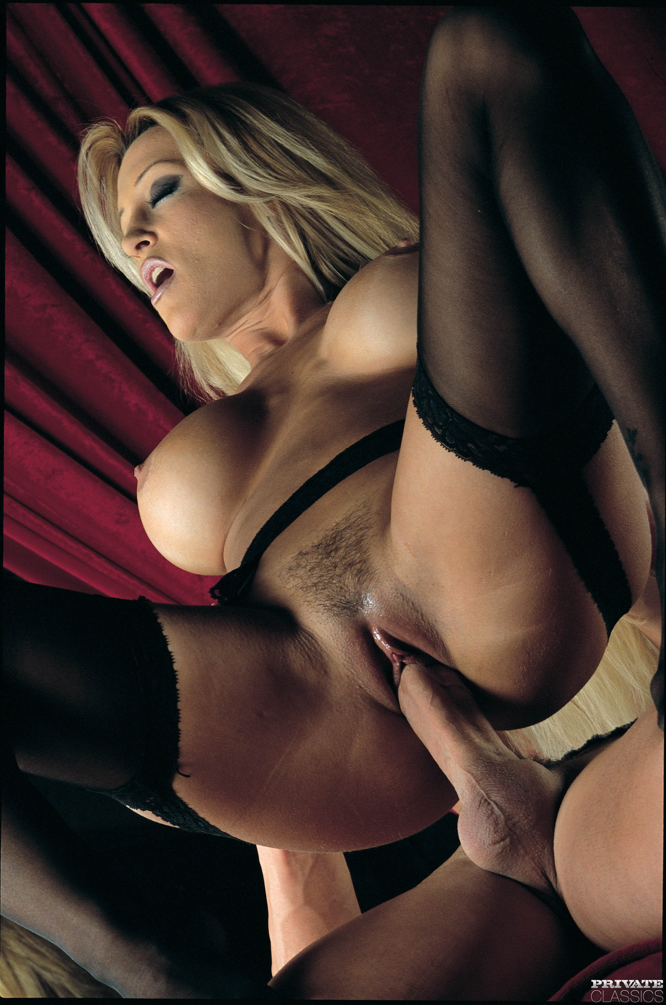 Hot bigtitted mature blonde rachel 1