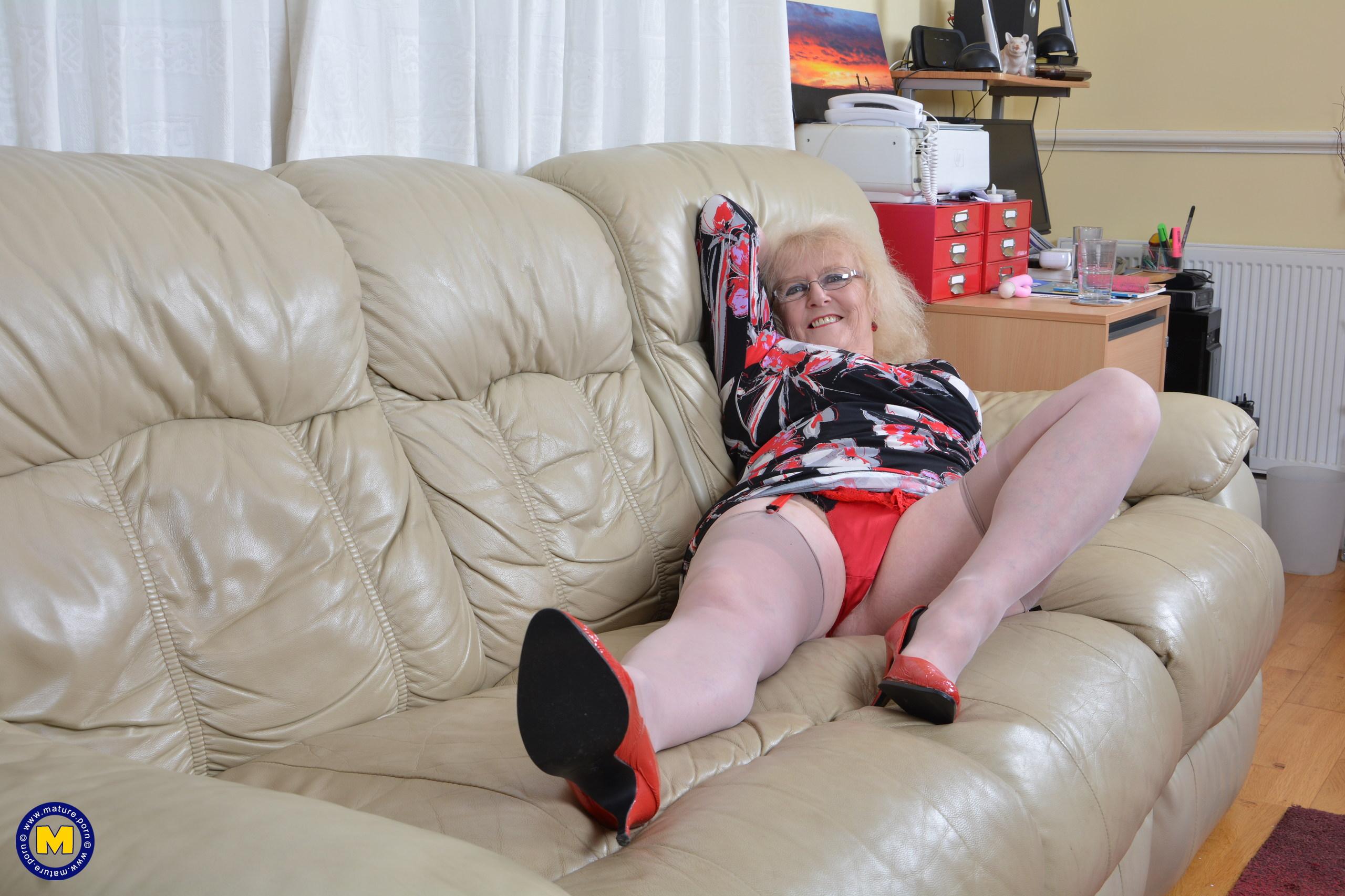 Секс фотографии старых женщин видео замечательная
