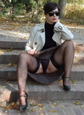 Upskirt milf Wanilianna flashes her FF stockings outdoors and frigs back at home
