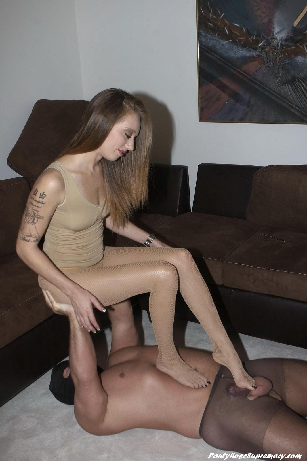 Pantyhose foot worship and femdom training