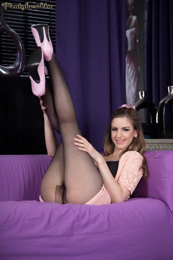 Sexy hot babe stella morandi - 3 10