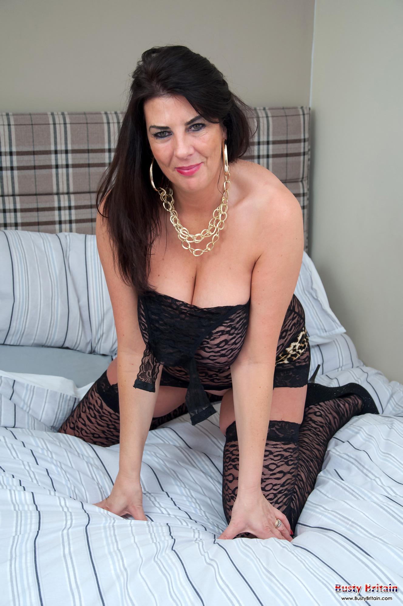 Busty cougar lulu lush bondage her huge natural boobs 6