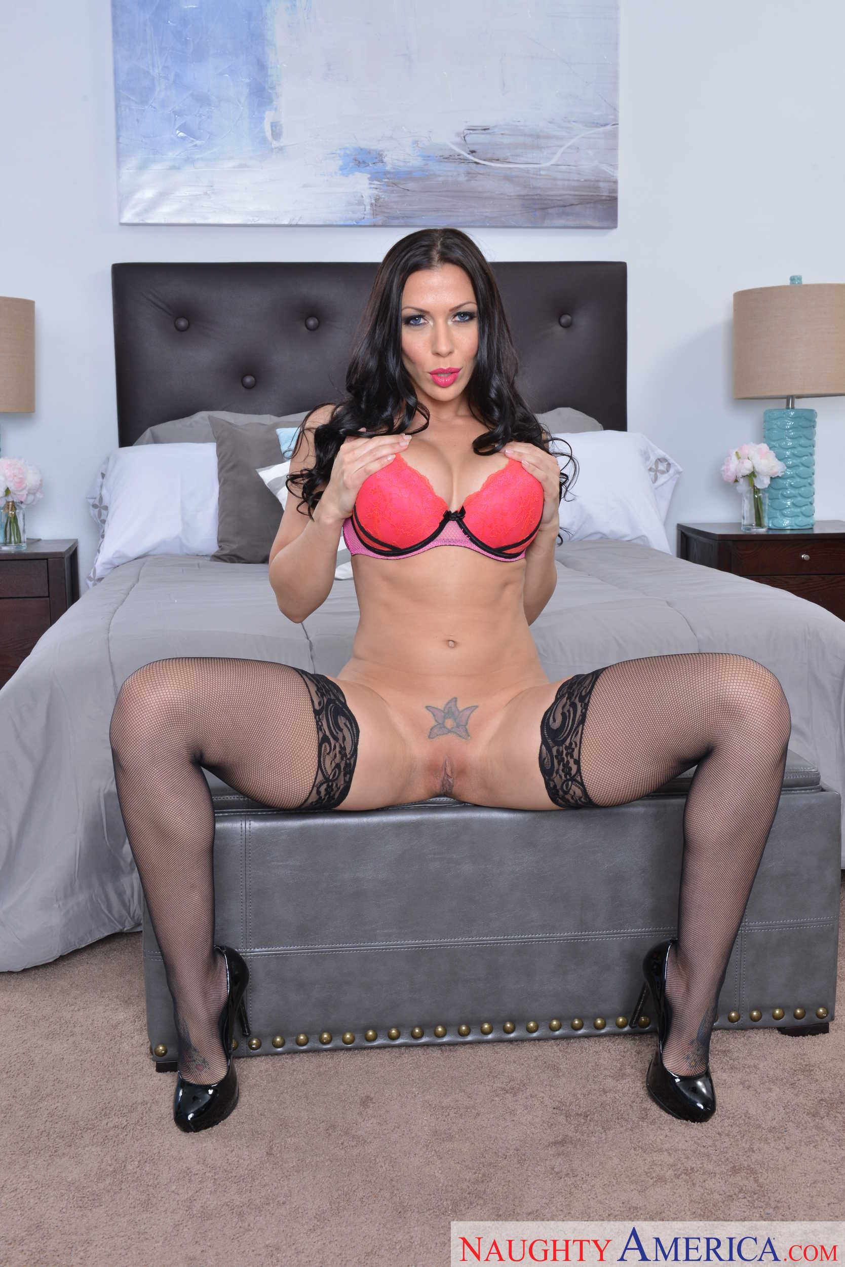 Rachel starr sexy pics