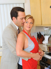Anilos blonde mom Ginger Lynn as she gets seriously banged in the kitchen by her horny husband