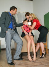 Teen Lindsey B gets nailed by teacher Kathia Nobili in 3some