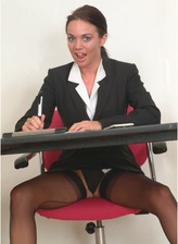 Smoking hot office girl in dark seamed stockings rubbing her slit