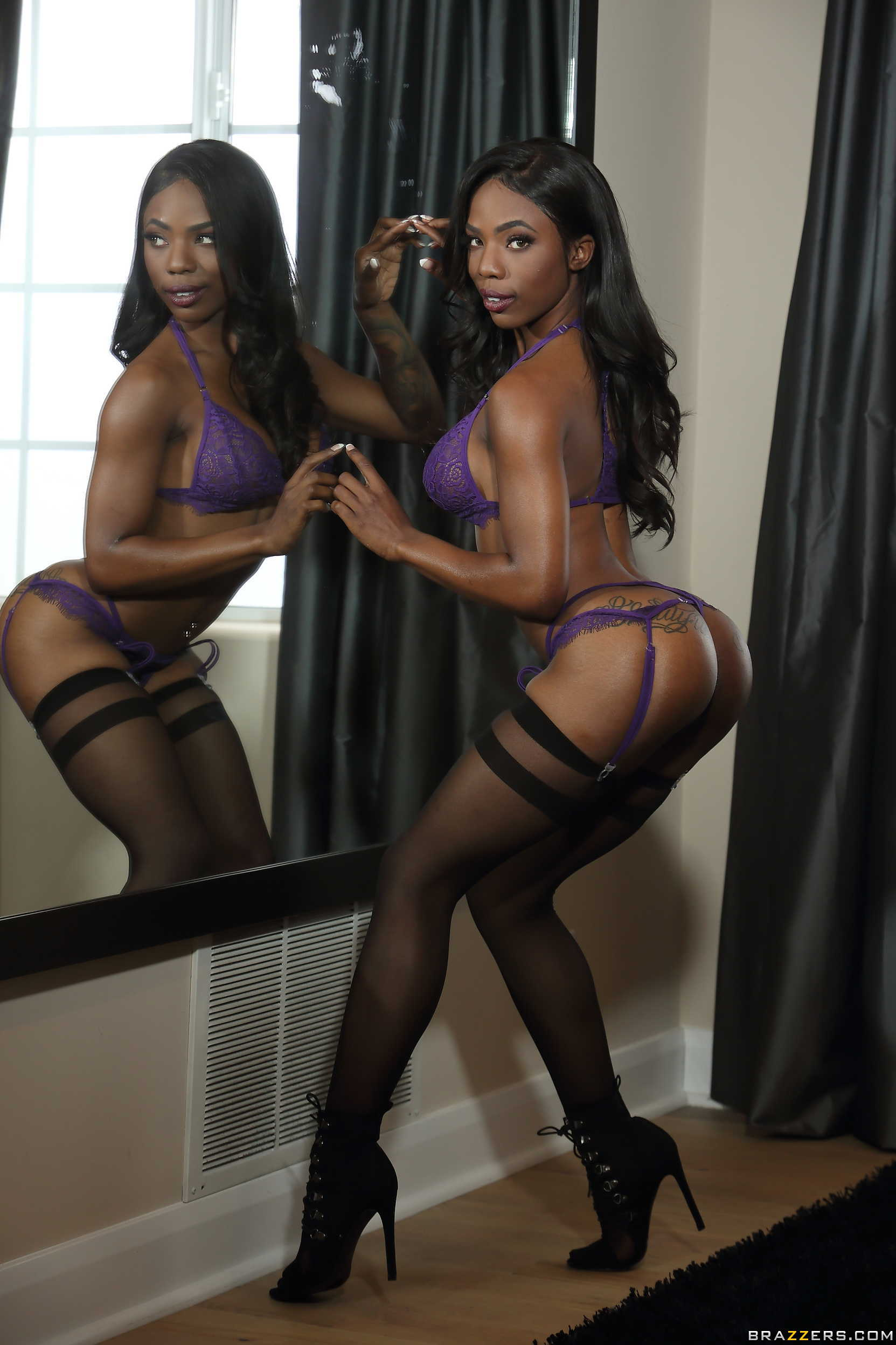 Busty Ebony Teen Sarah Banks In Sexy Lingerie, Stockings -7189