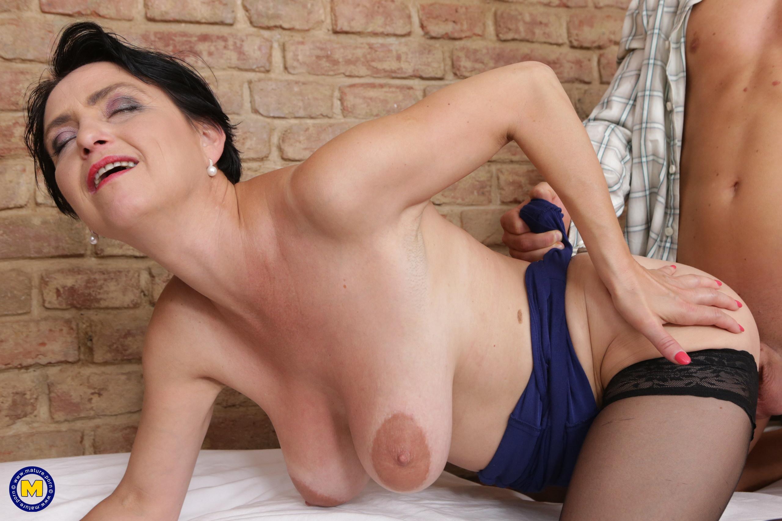 Free mature nl porn pics