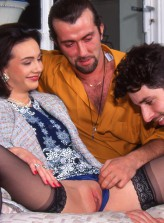 Retro insurance agent Agnes parts legs in black nylons for a spit-roast and DP