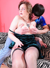 FerroNetwork / MomsGiveAss - Leonora - Chubby mature babe gets her asshole fingered before a hardcore anal session