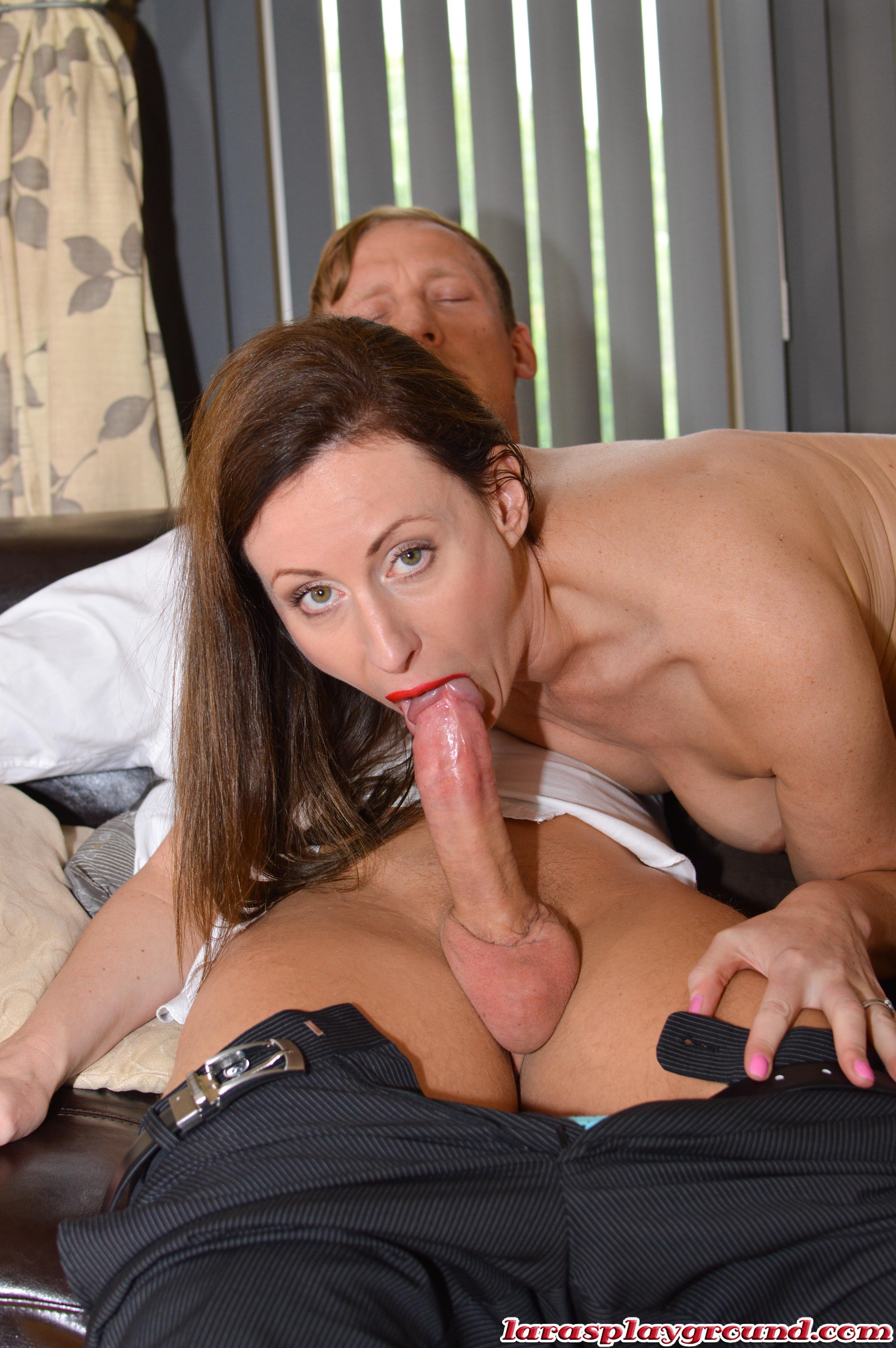 Mature ass licking granny xxx