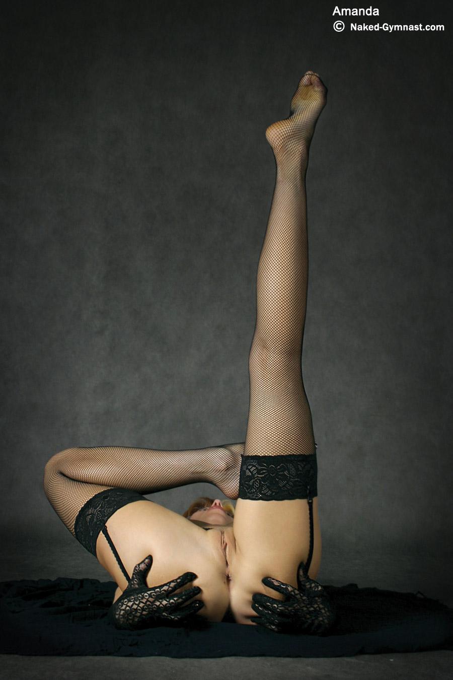 Naked Flexy Girls