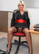 Wanton UK secretary Karen Kay flashes French pedicure thru elegant RHT stockings before using a toy