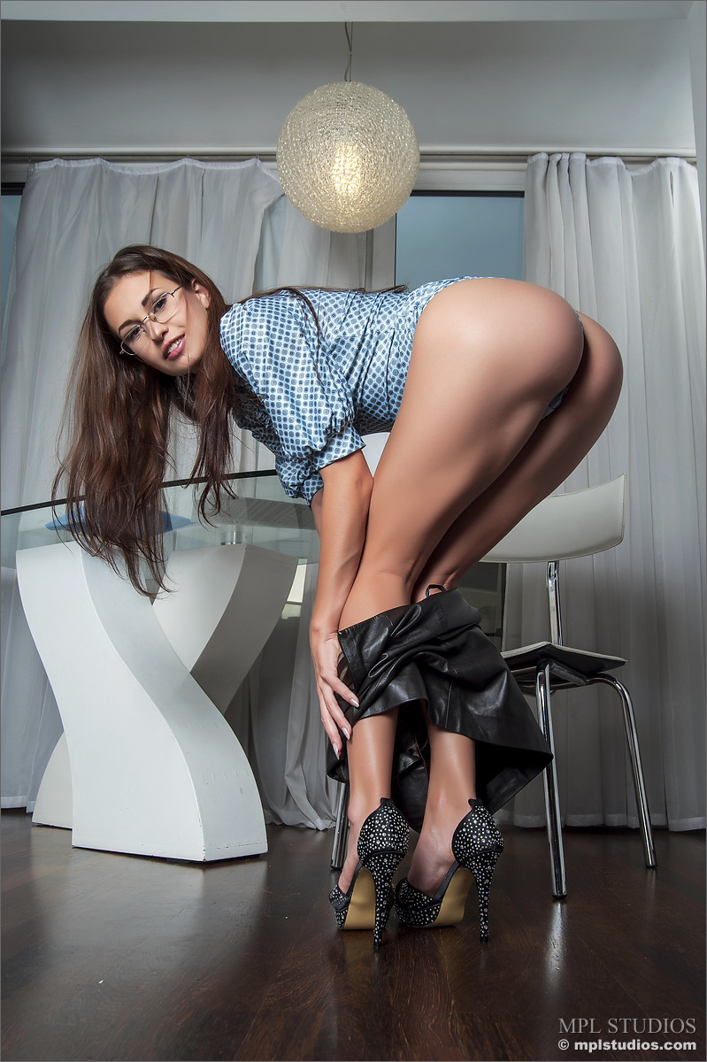 sexy woman big tits sex naked play boy