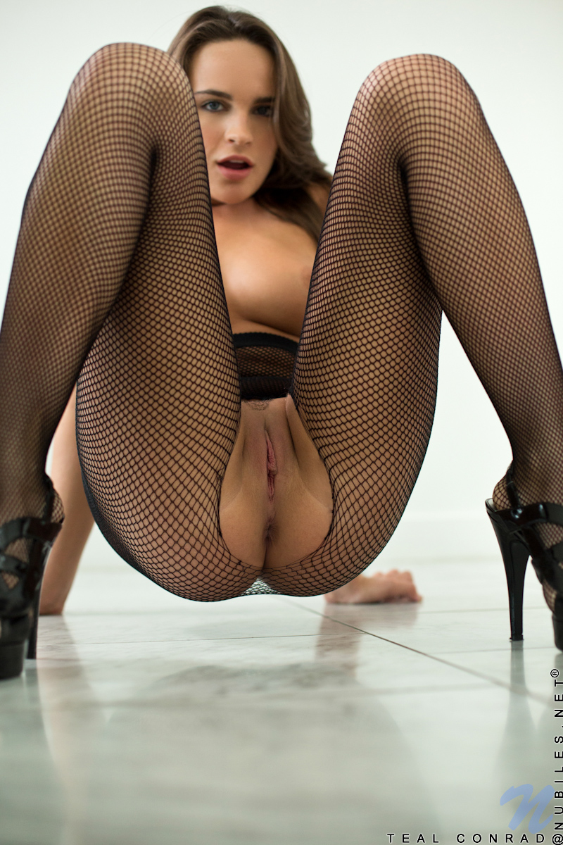 Young nude pussy girls nude girls pantyhose crotchless pussy consider