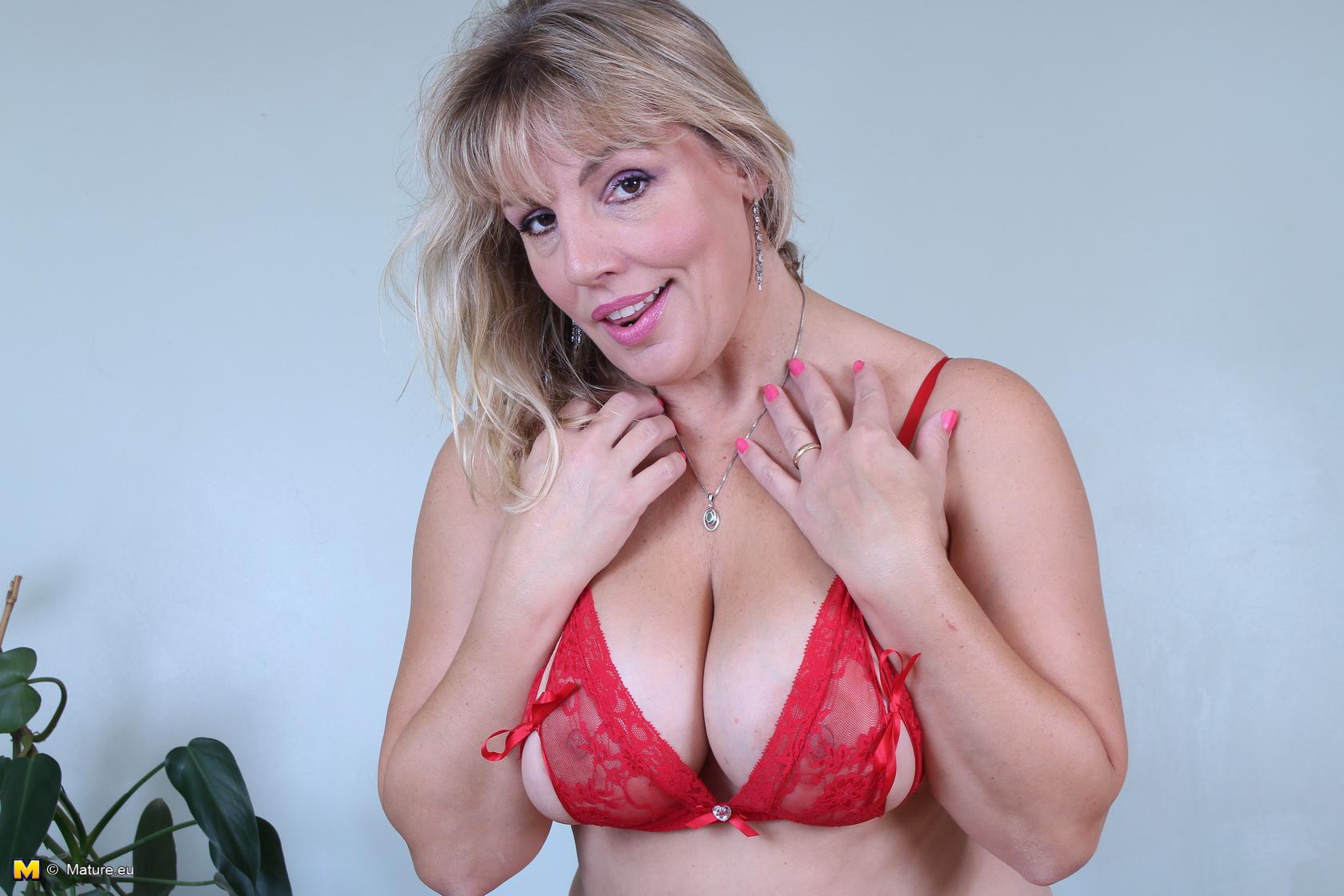 Danielle Mannaken In Sex Videos 34