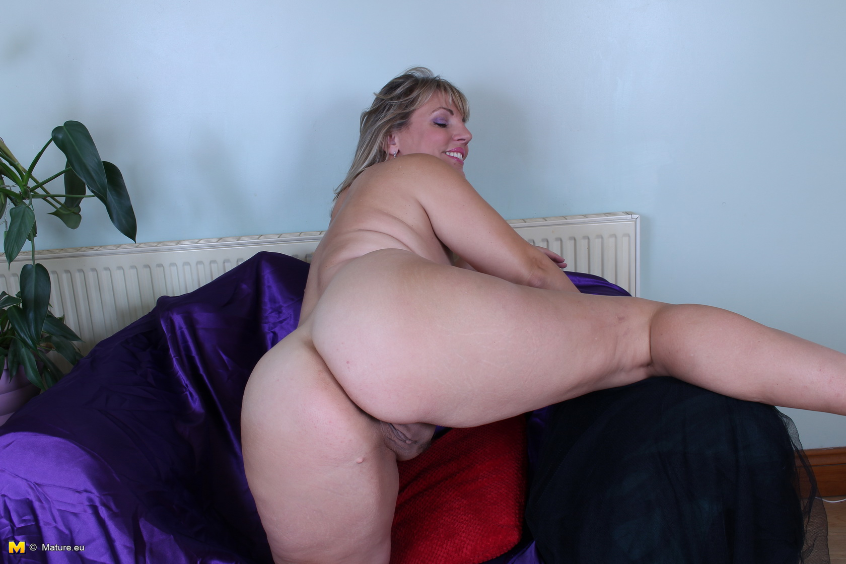 Cock free sucking video woman