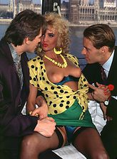 Dressy retro blonde minx parts her stockinged legs for a hard spit-roast and DP