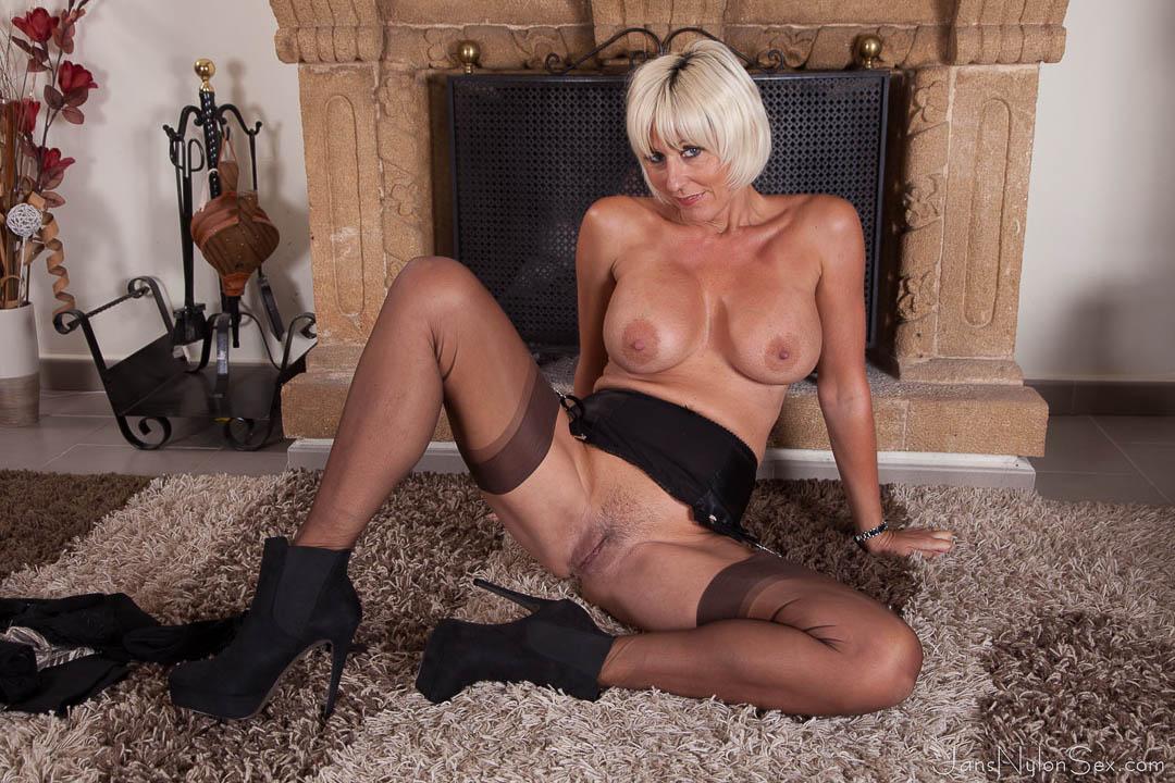 Lisa simpson nackt