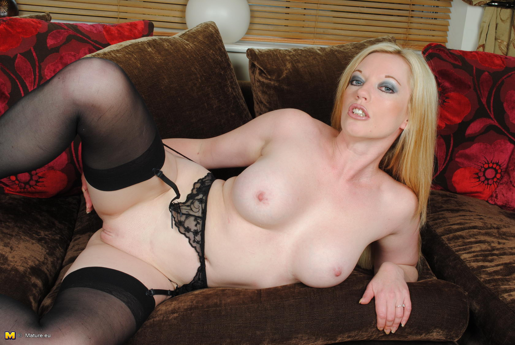 British Milf Holly Kiss In Black Seamed Stockings Stuffs -1739