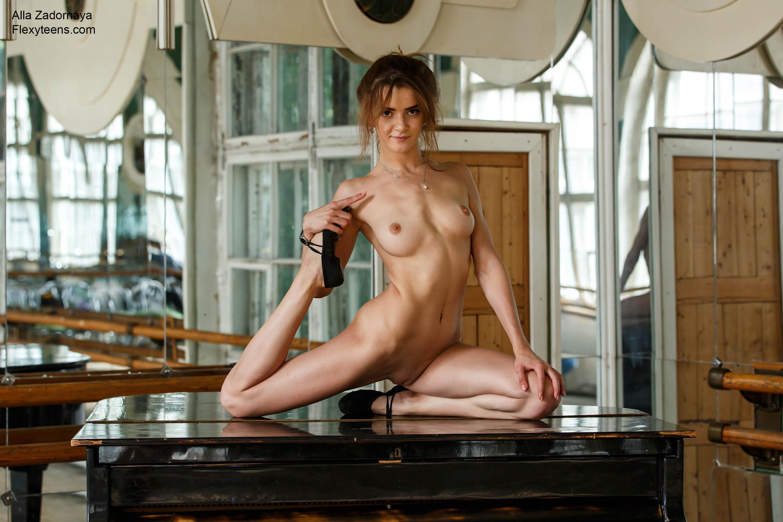 Happens. can school girl splits nude remarkable, very