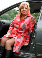 Busty British milf Tara Timmings in black stockings and boots banged by a parked car