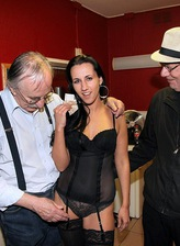 Hot-assed brunette in black opaques entertains a German tourist