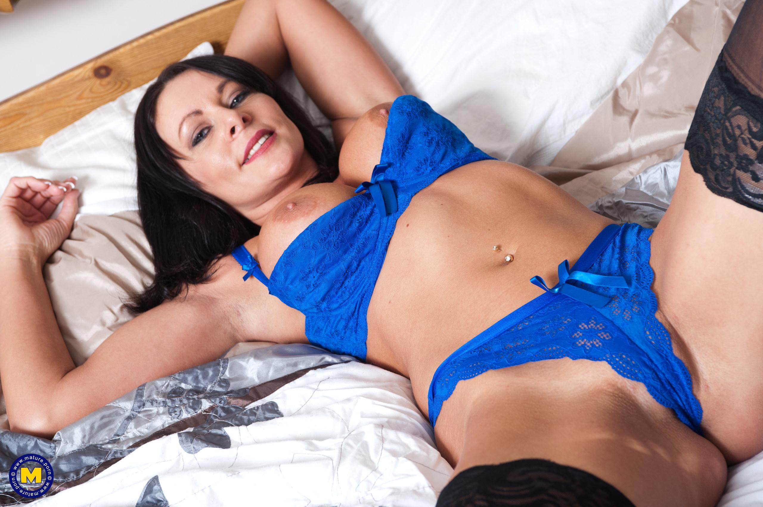 Laura Nicole Nude
