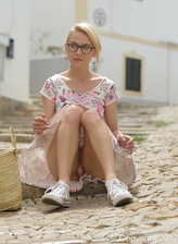 Spectacled upskirt lass Chloe Toy flashes panties outdoors and plays with food
