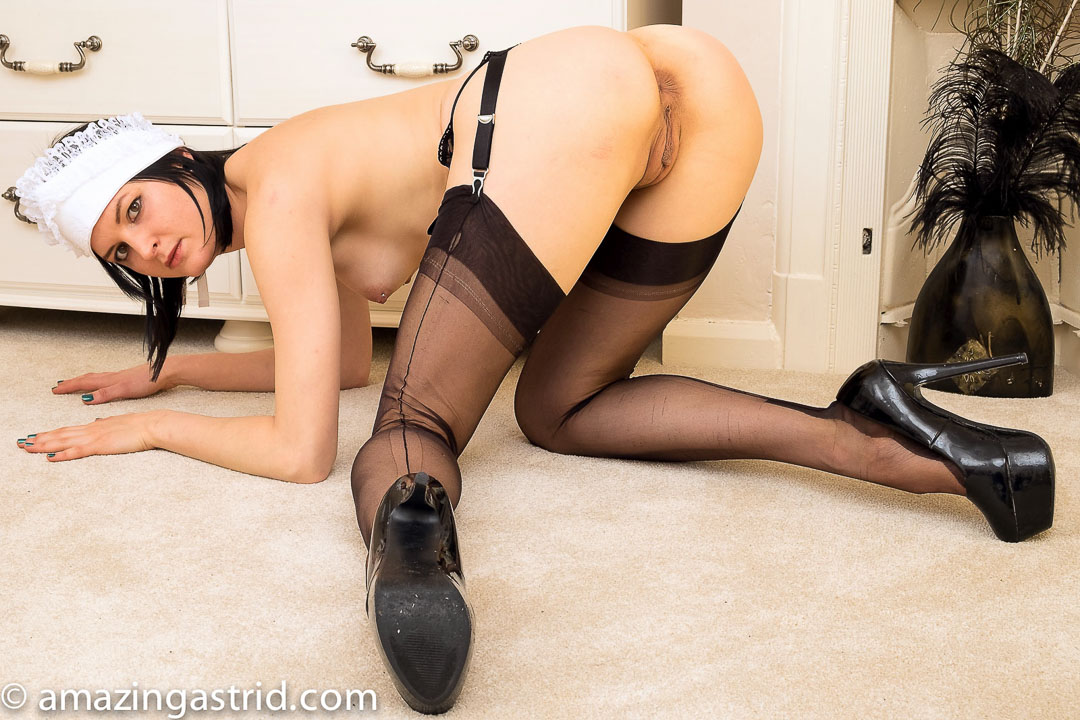 Seamed french stockings maid