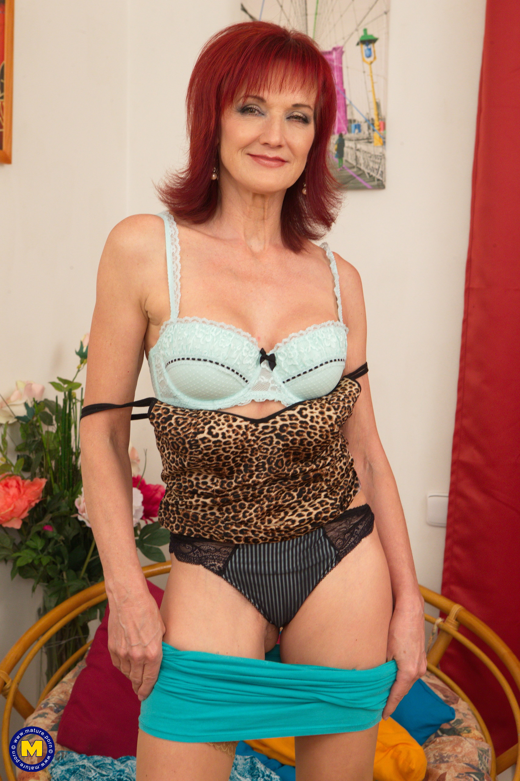 Redhead Mature Porn - Beautiful redhead mature Irena loves to play alone