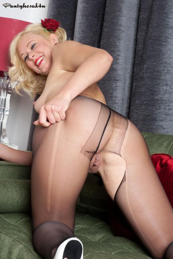 This pantyhose ladder porn wanna