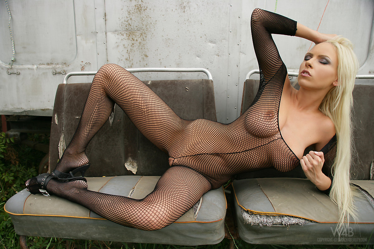 tantra saarland bodystocking sex