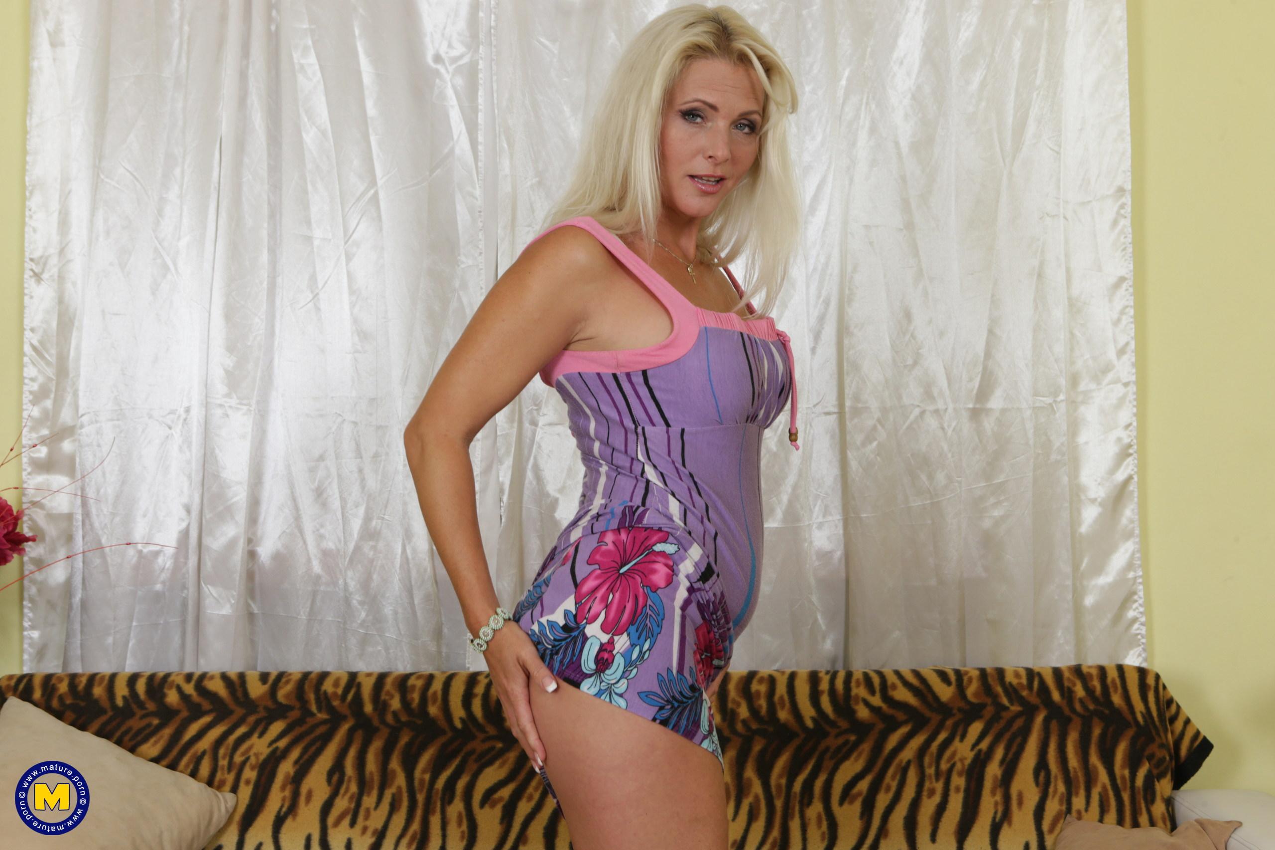 Kendra boob size