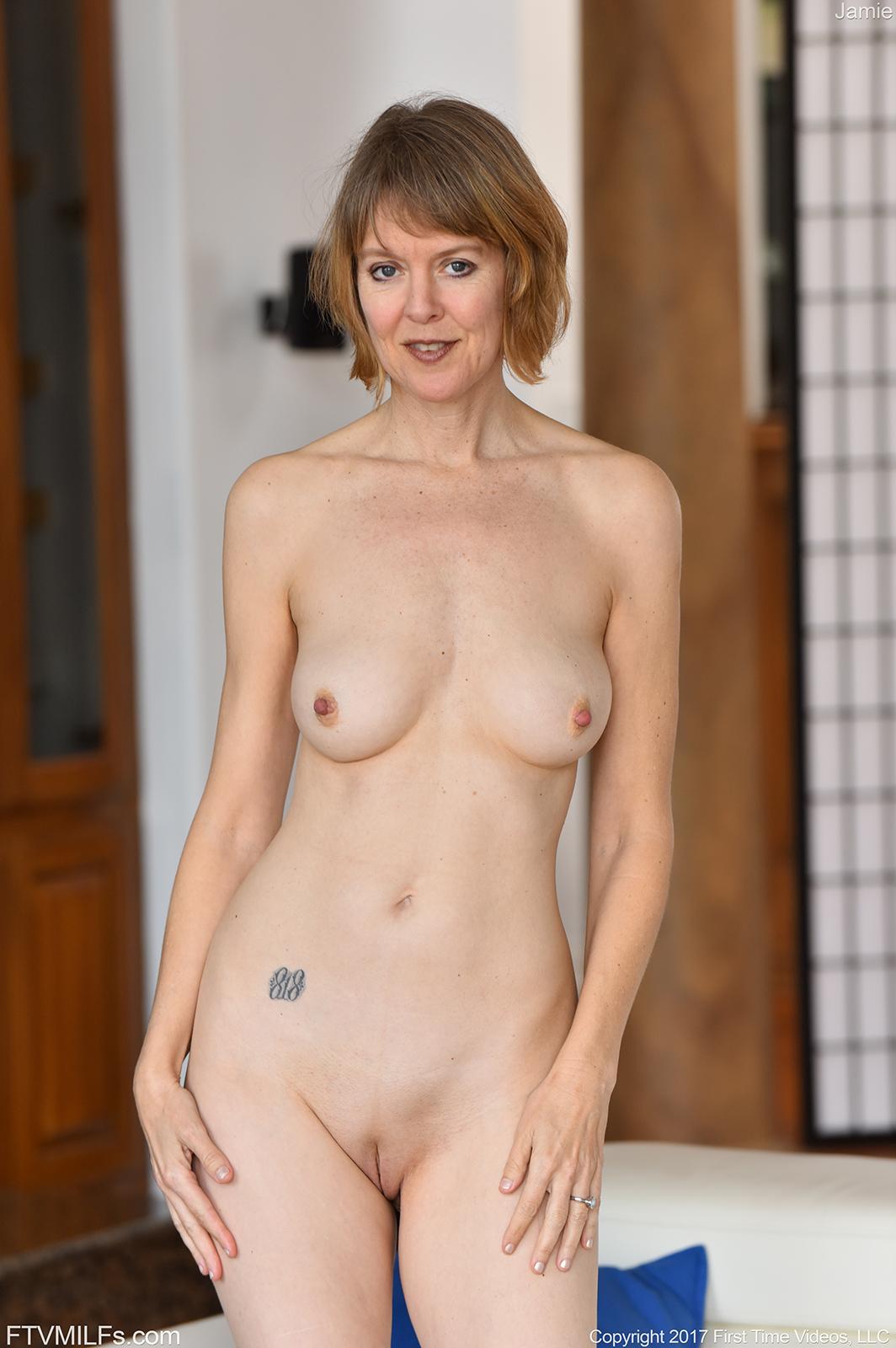 slim naked ladies
