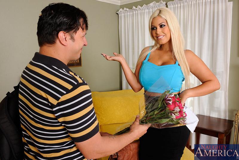 Milf sexy vanessa gets analyzed in the trailer park - 2 part 4