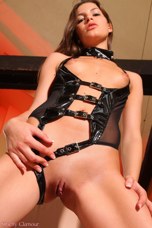 Sexy interview turns into hot masturbation session 6