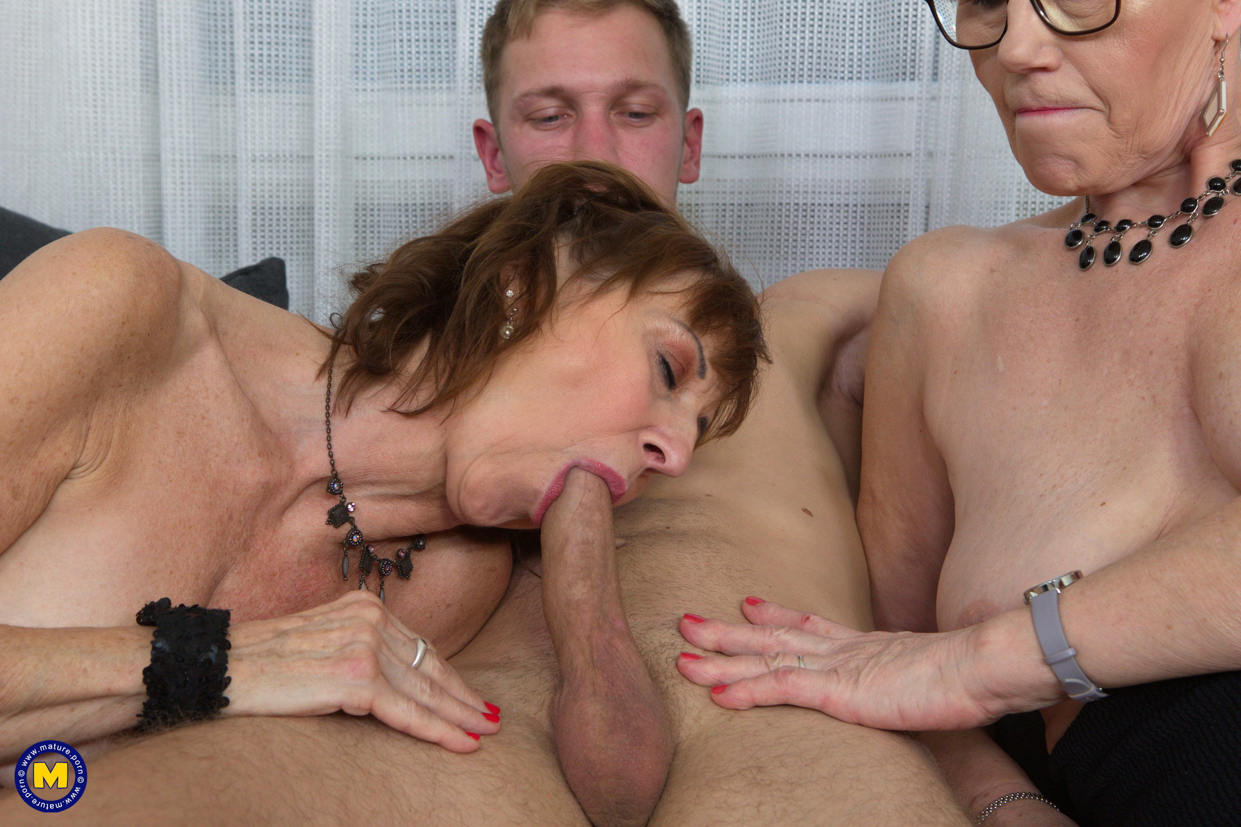 cartoon-mature-ladies-threesomes-with-graphic