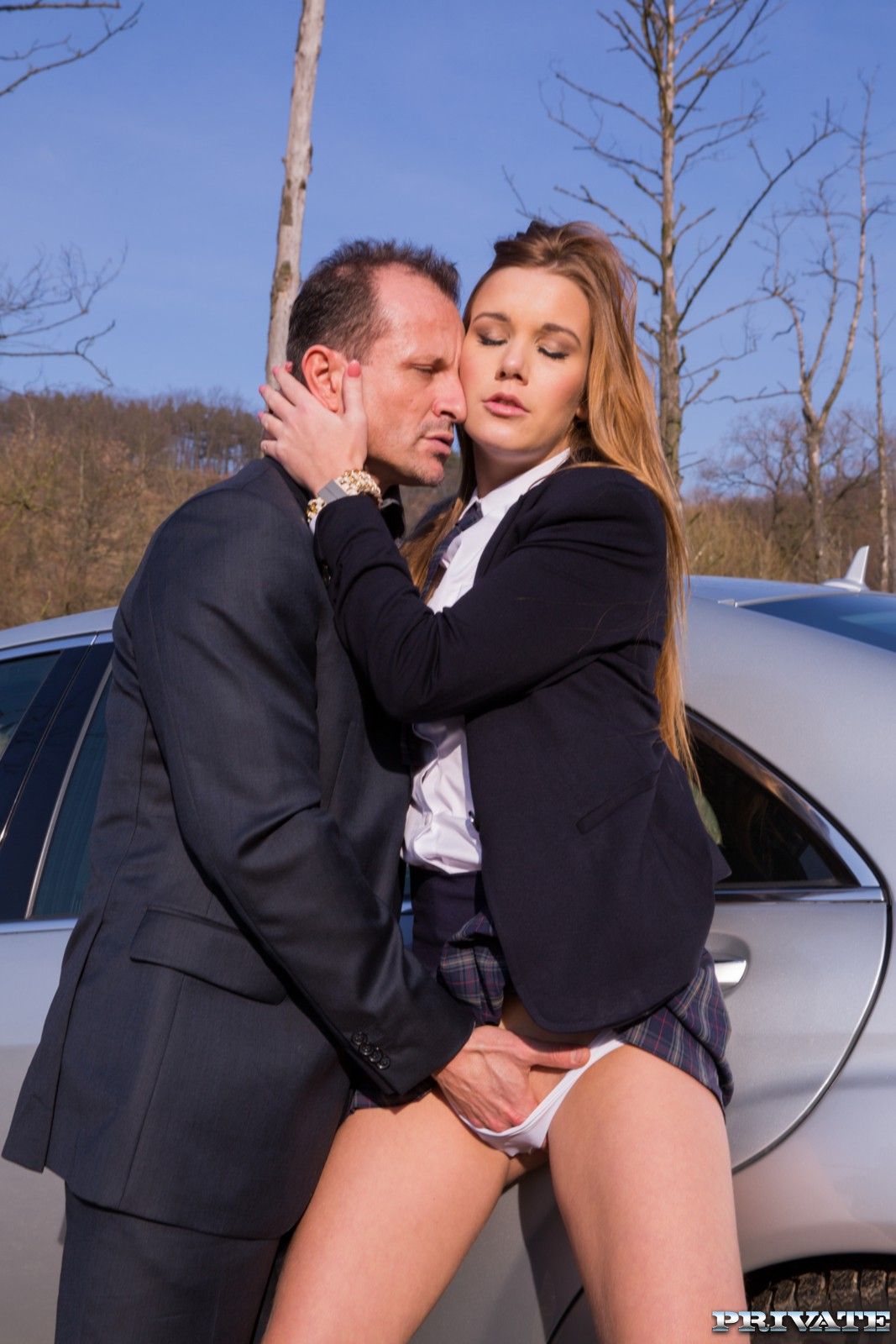 school girl fucked and suck in a car