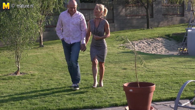 Slim-legged blonde milf-squirter fountains her juices outdoors and fucks indoors in black high heels