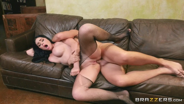 Goth busty mistress Skyla Novea pulls up her net pantyhose ready for spanking and raw sodomizing