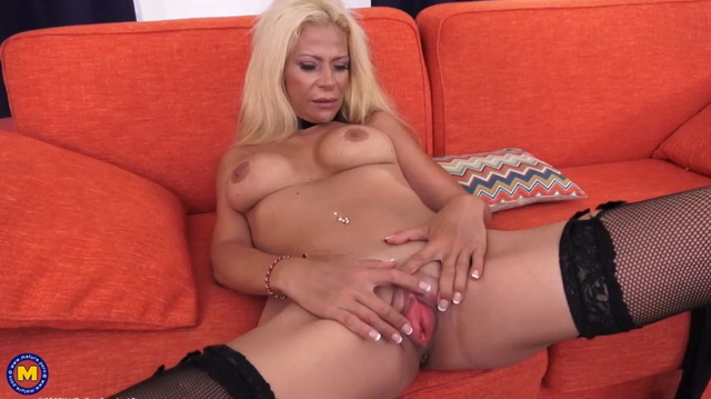French milf in stockings Elenna Lou loves flashing her pussy online