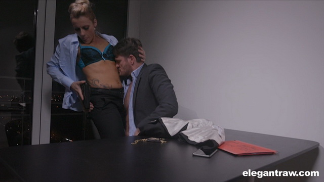 Strict officer Brittany Bardot gives a detective a hard anal interrogation stripping to her blue bra