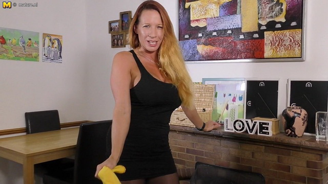 British big breasted MILF Faye Rampton playing with her toy