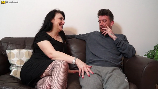 Big breasted British housewife Sabrina Jade sucking and fucking her lover on the couch