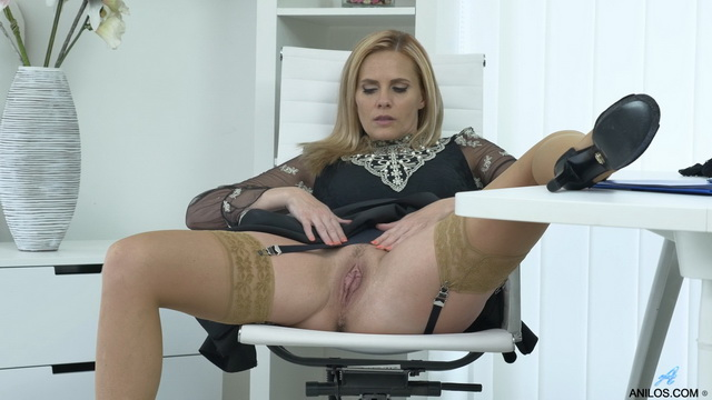 Spread leg office upskirt