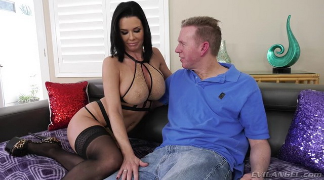 Hot curvy milf Veronica Avluv flaunts sexy lacy undies & FF nylons outdoors before wild indoor anal